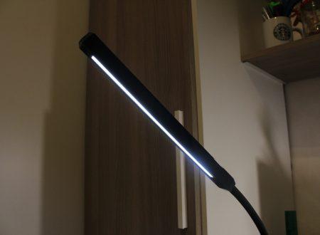 HandAcc lampada da tavolo a led da 8W dimmerabile