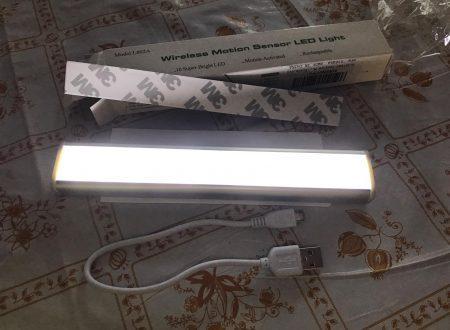 Glisteny luce per armadi con sensore PIR ricaricabile via usb con banda magnetica