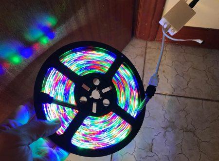Sendis striscia led 5M RGB in kit con controller e alimentatore
