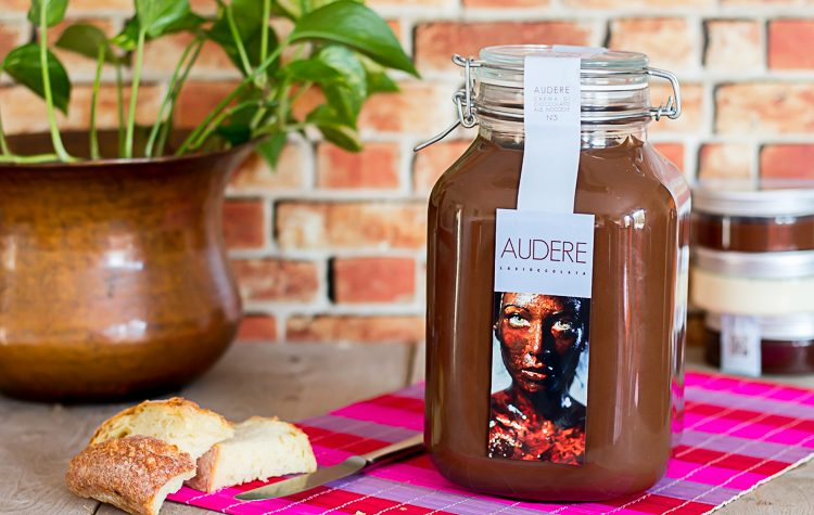 Audere – Jéroboam al Cioccolato con nocciole da 3kg