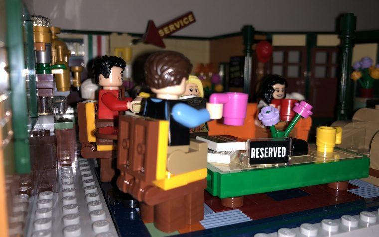 Lego Central Perk, obbligatorio per chi ama i mattoncini e Friends